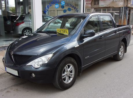 SsangYong  ACTYON SPORTS 4X4 4DOOR '08 - € 9.700 EUR