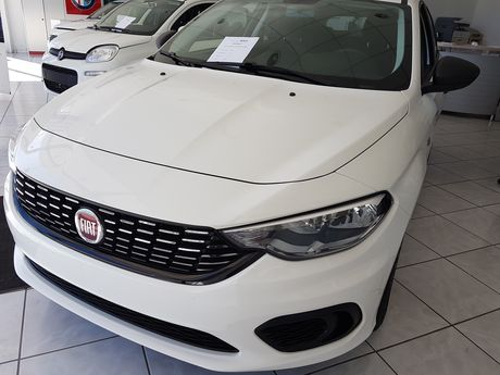 Fiat Tipo 1.4 95HP POP 5π HB '18 - € 14.000 EUR