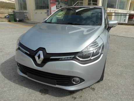 Renault Clio EXPRESSION 1.5 DCI 90HP '14 - € 11.990 EUR