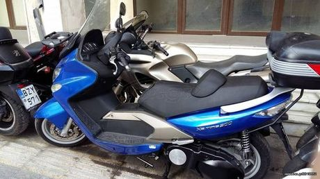 Kymco Xciting 500  '08 - 2.700 EUR