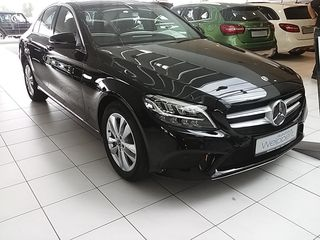 Mercedes-Benz C 180 9G-TRONIC/FACE LIFT