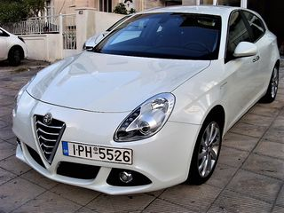 Alfa Romeo Giulietta NEW-DISTINCTIVE ΑΡΙΣΤΟ!