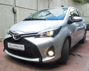 Toyota Yaris NAVI-CAMERA-ZANTES-LED-CRUISE