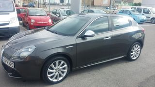 Alfa Romeo Giulietta 1.4 DISTINCTIVE 170HP