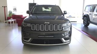 Jeep Grand Cherokee Summit 3.0L V6 Turbo Diesel