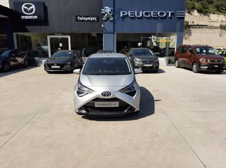Toyota Aygo 1.0 12v 72hp VVTi X Play Touch