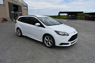 Ford Focus ST STATION WAGON