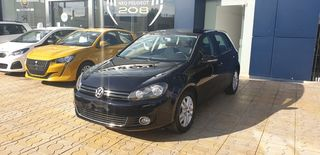 Volkswagen Golf HIGHLINE TSI 122 FULL BOOKSERV