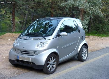 Smart ForTwo COUPE '04 - € 4.000 EUR