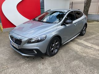 Volvo V40 Cross Country SUMMUM AUTOMATIC