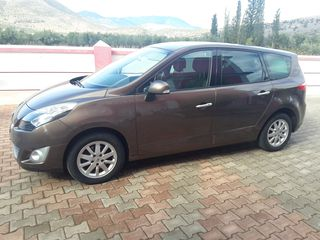 Renault Grand Scenic DYNAMIC 1,5 DCI 116 HP NAVI